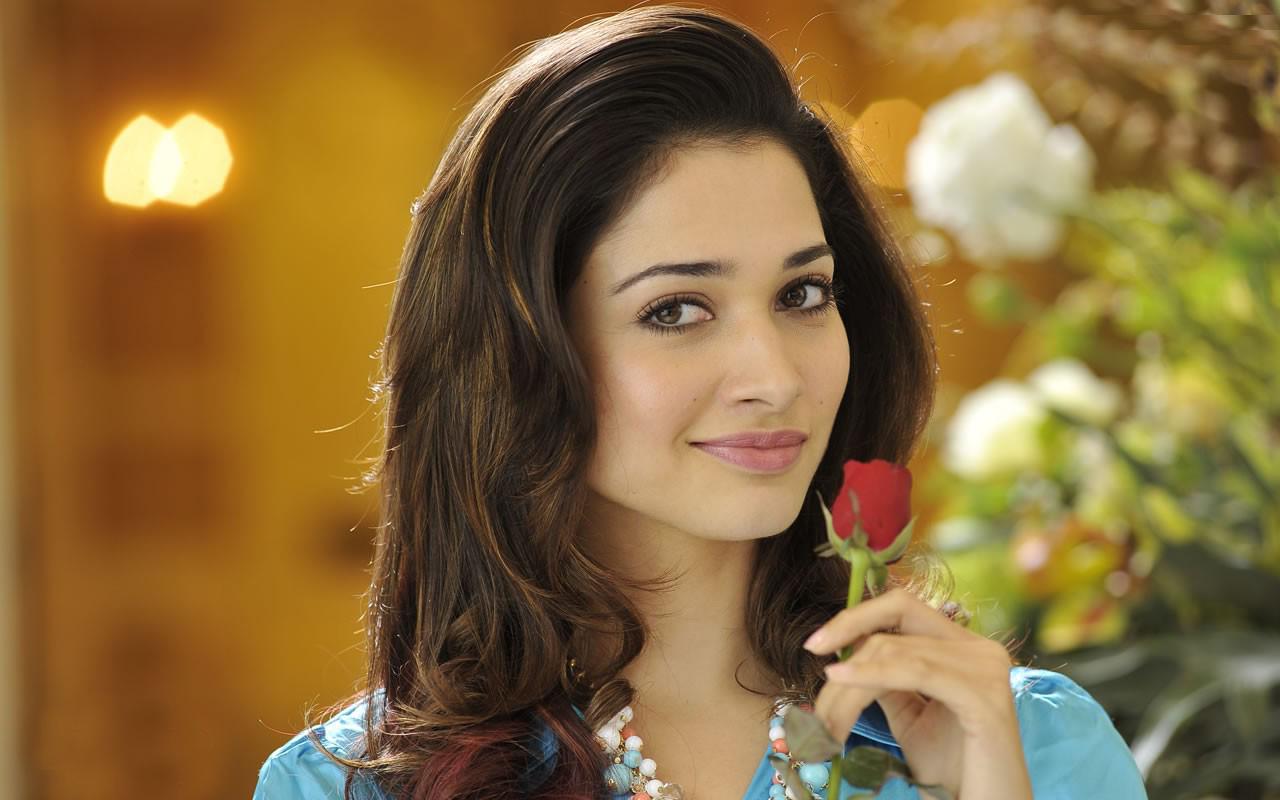 Actress tamanna bhatia wallpaper