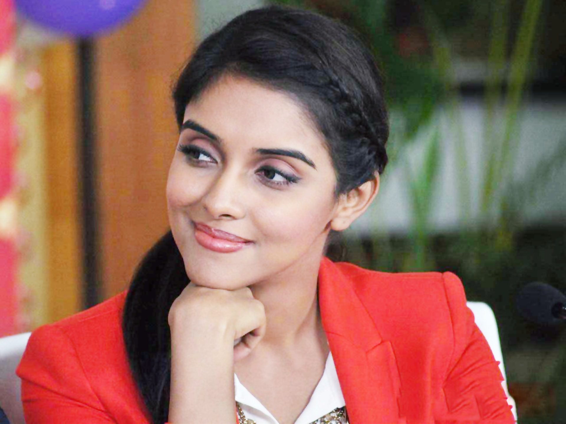 Actress asin wallpaper
