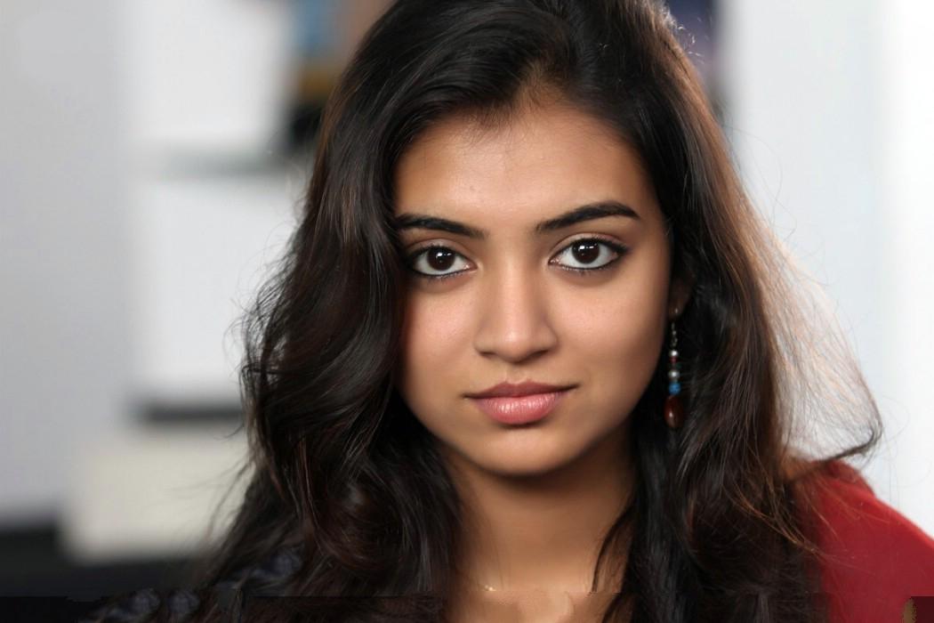 Nazriya nazim cute face stills