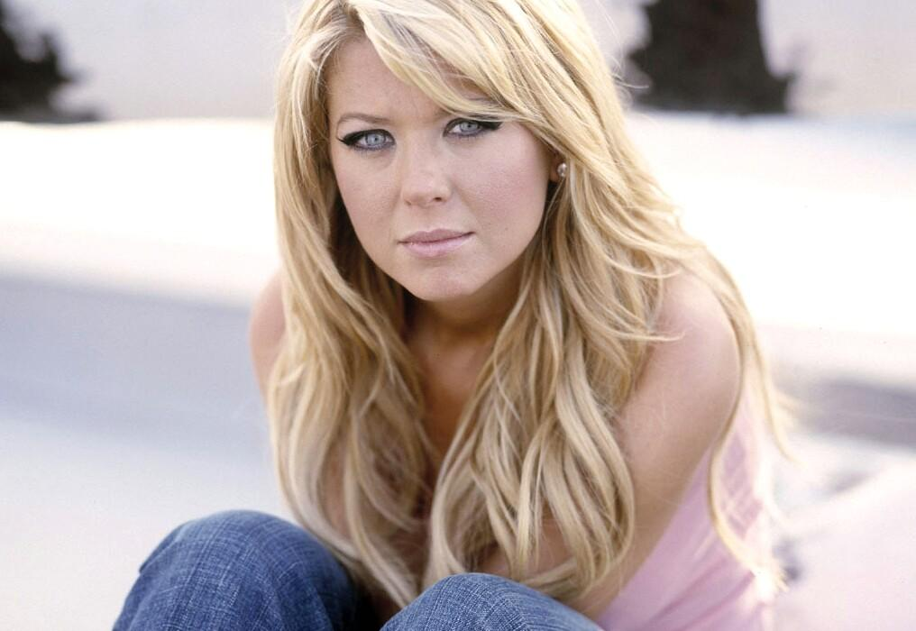 Actress tara reid pictures