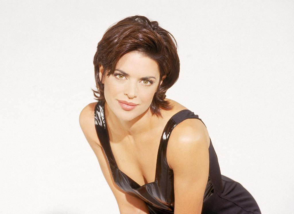 American actress lisa rinna wallpaper