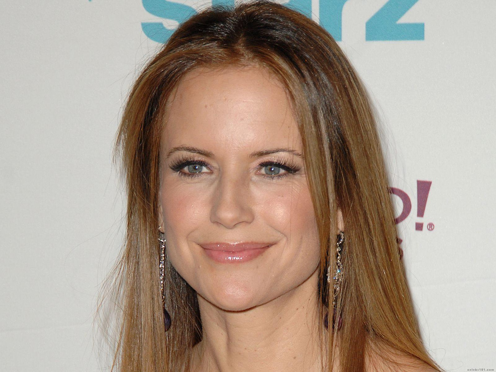 Kelly preston photos