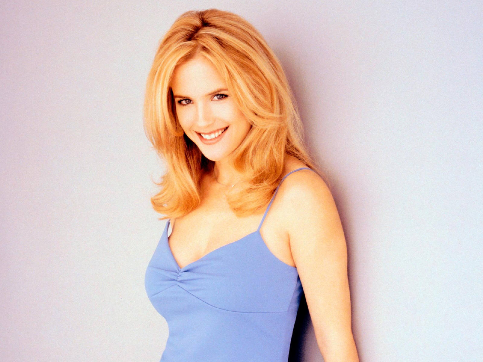 Kelly preston wallpapers