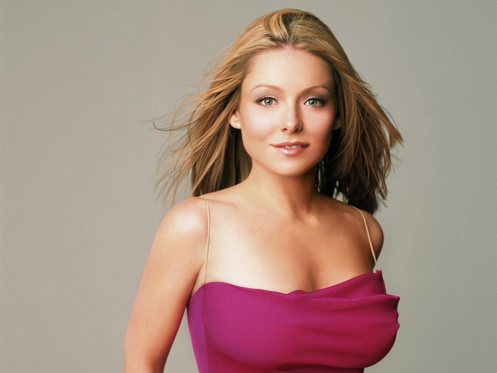 Kelly ripa wallpapers