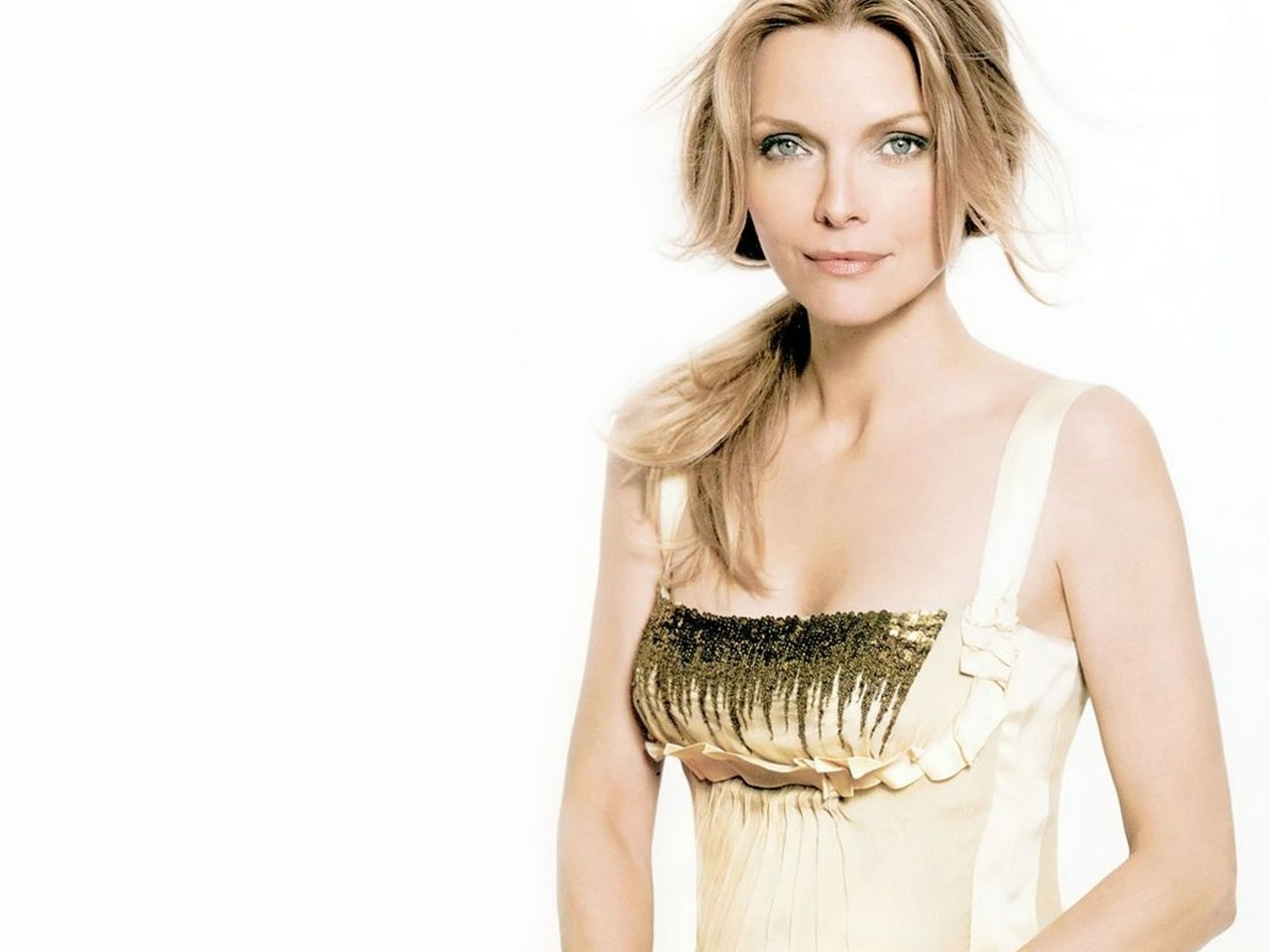 Michelle pfeiffer actress cute stills