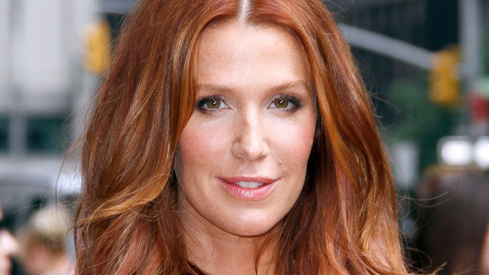 Poppy montgomery photo