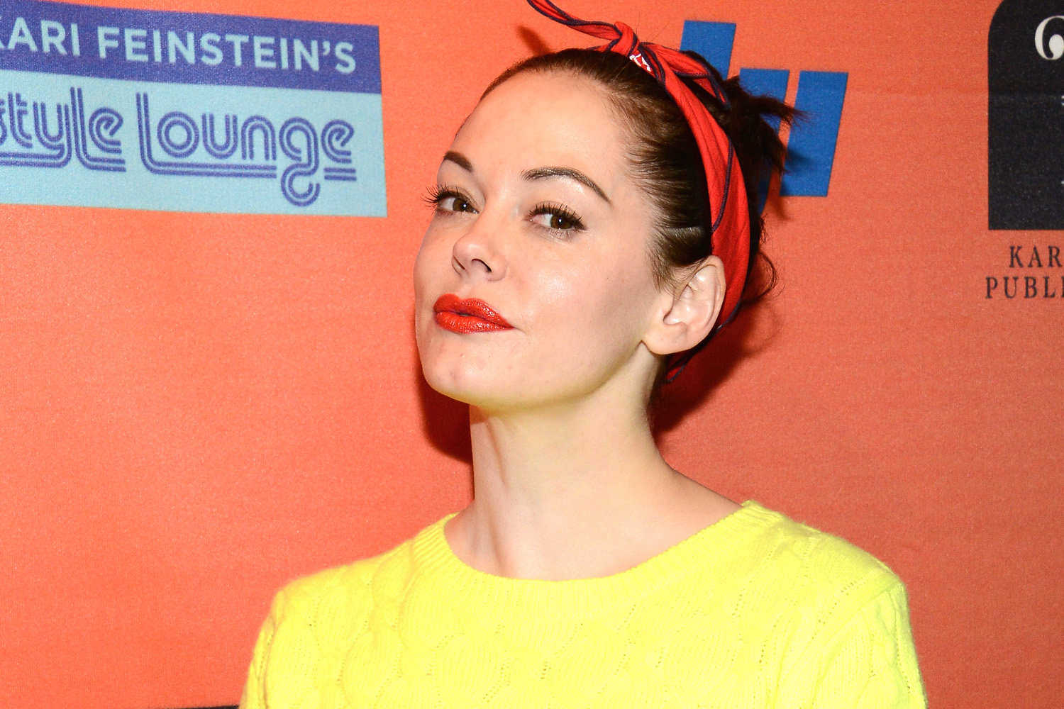 Rose mcgowan american actress yellow color dress pictures