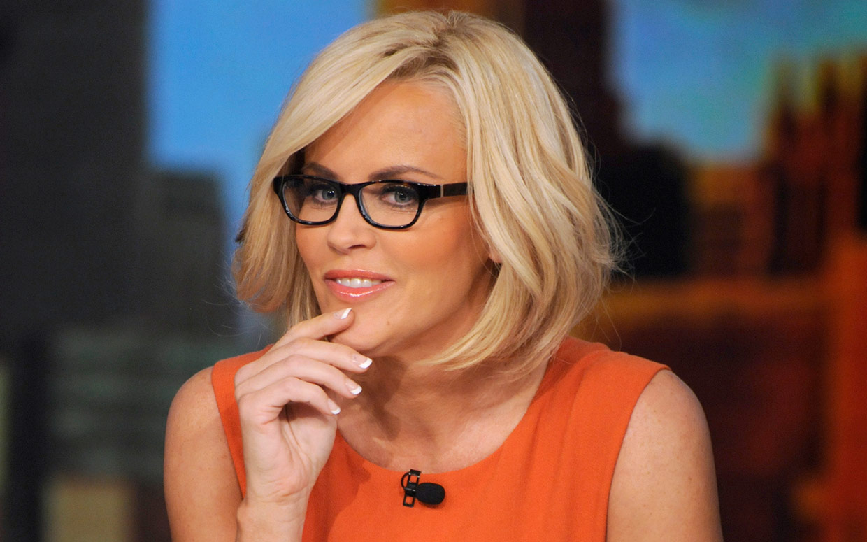 Jenny mccarthy cute face stills