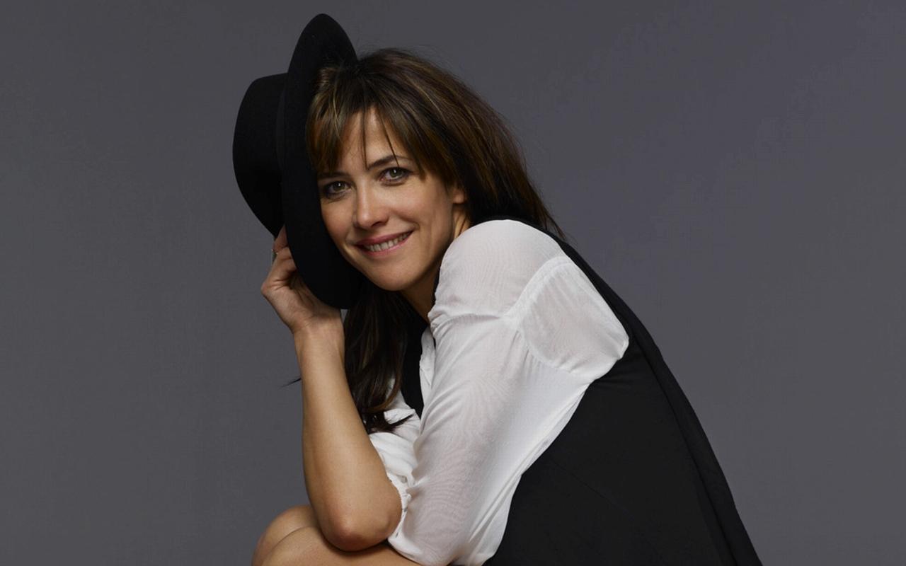 Sophie marceau cute face stills