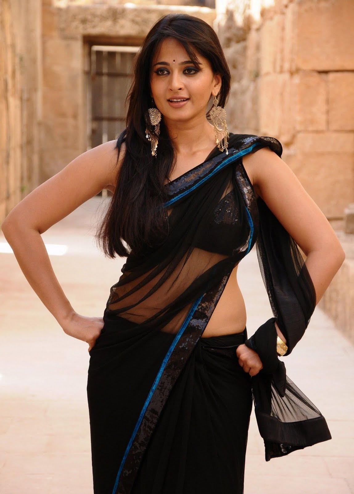 Telugu actress anushka black color saree
