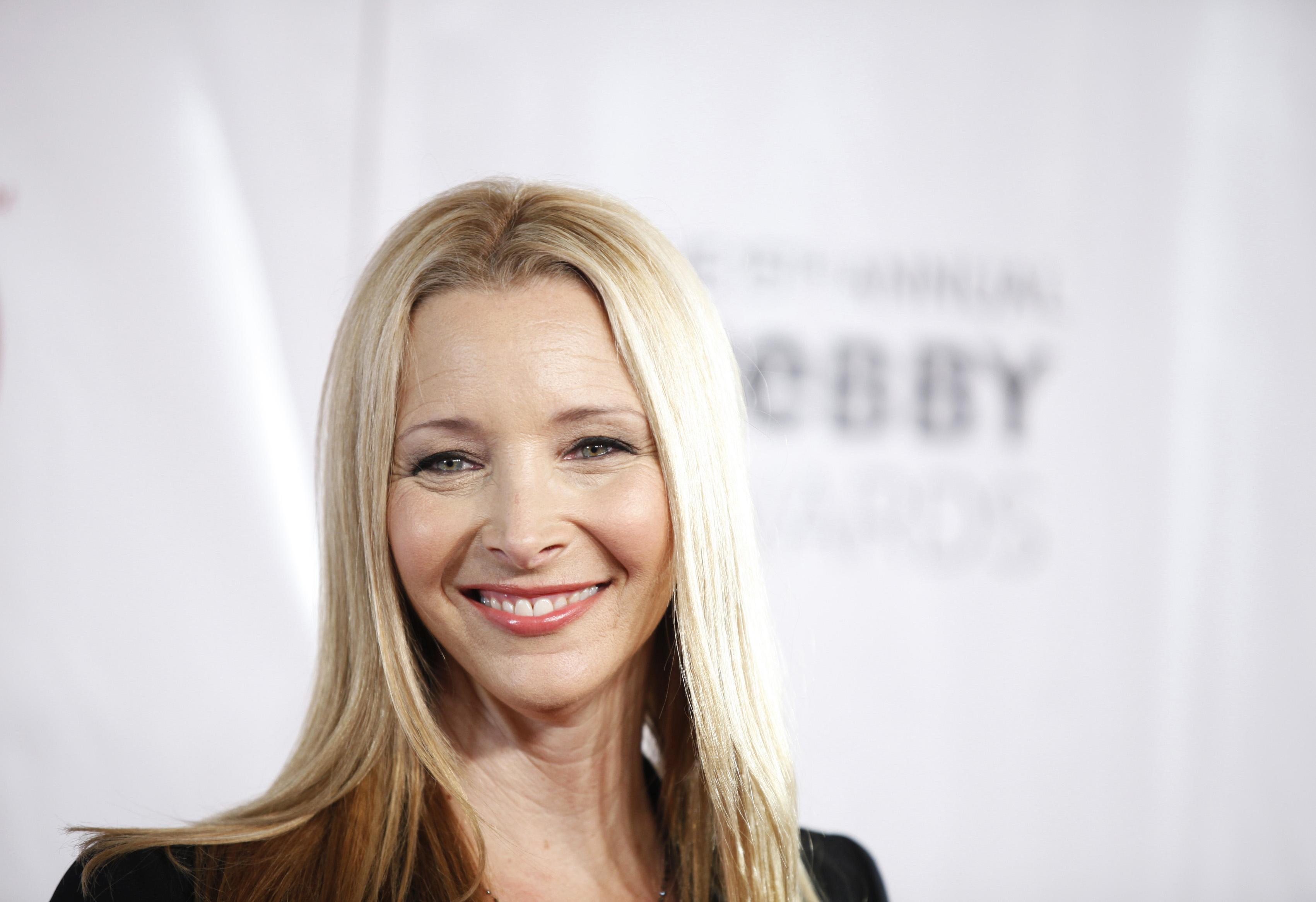 Lisa kudrow actress cute face stills