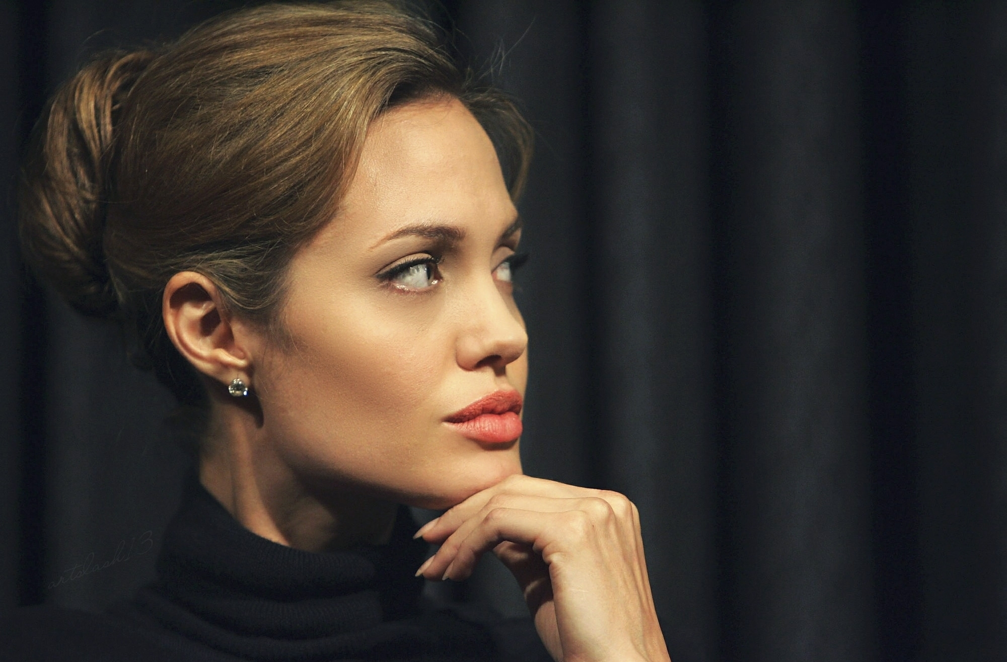 Angelina jolie black dress gallery