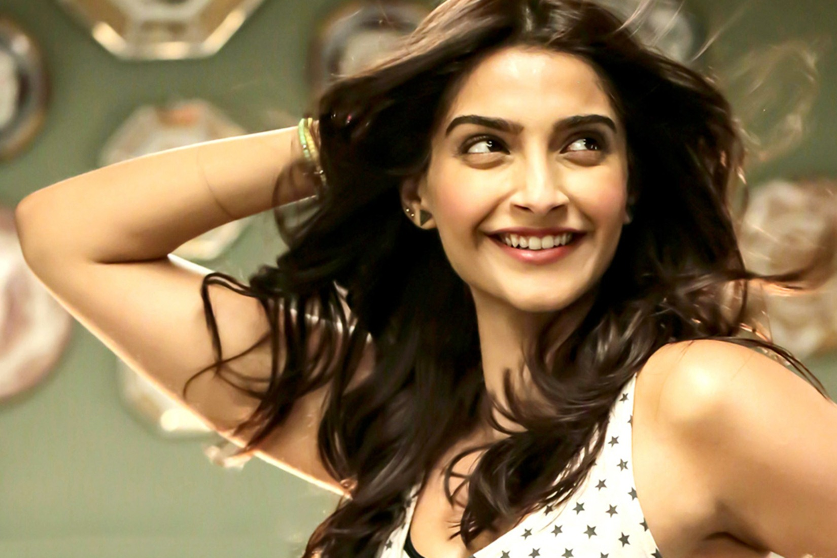 Bollywood actress sonam kapoor unseen photos