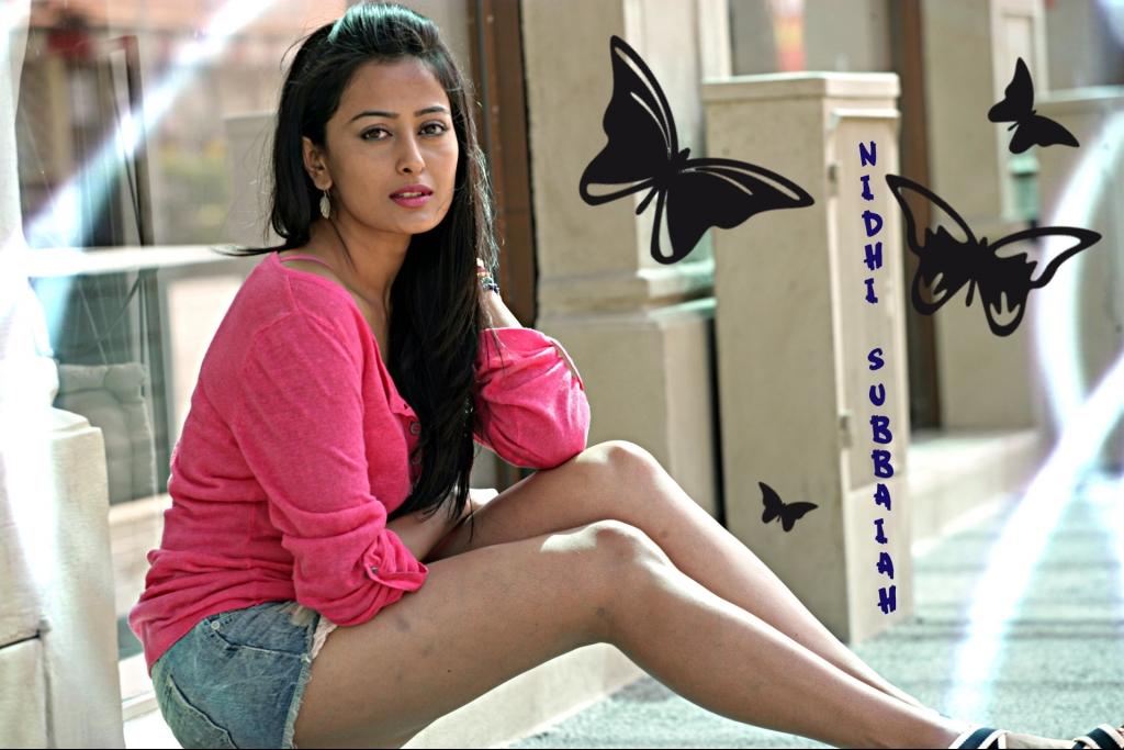 Boollywood actress nidhi subbaiah cute pictures