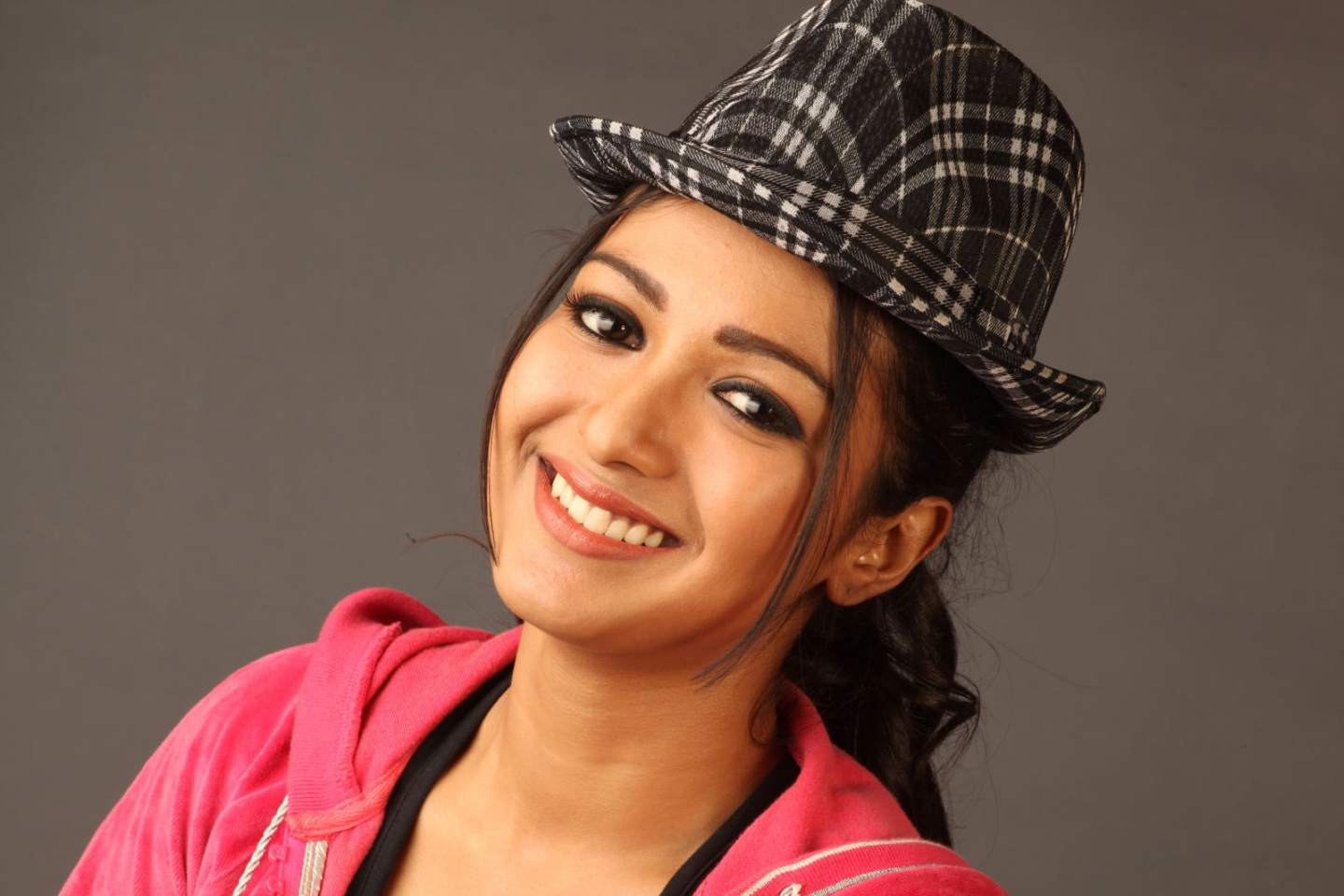 Catherine tresa actress red dress pictures