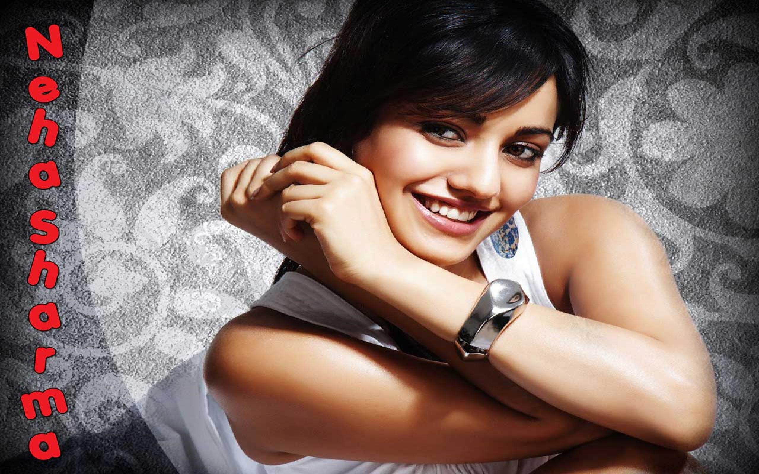 Hindi actress nidhi subbaiah unseen pictures