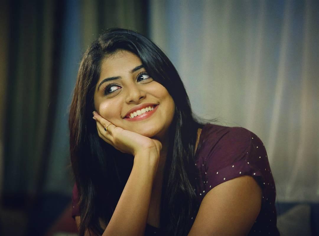 Actress manjima mohan cute hd wallpaper