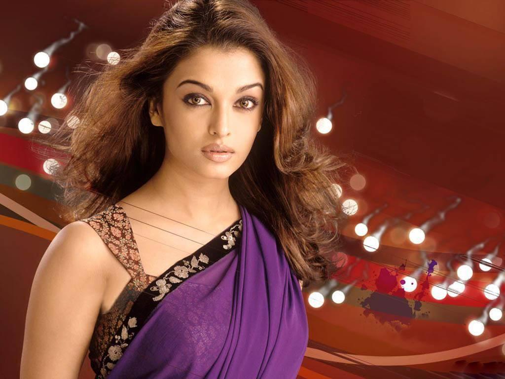 Aishwarya rai bachchan purple color saree pictures