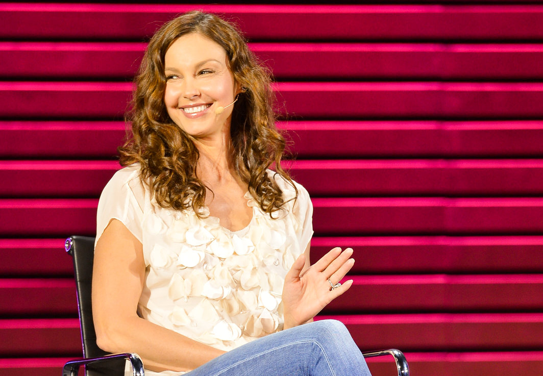 Ashley judd cute pictures