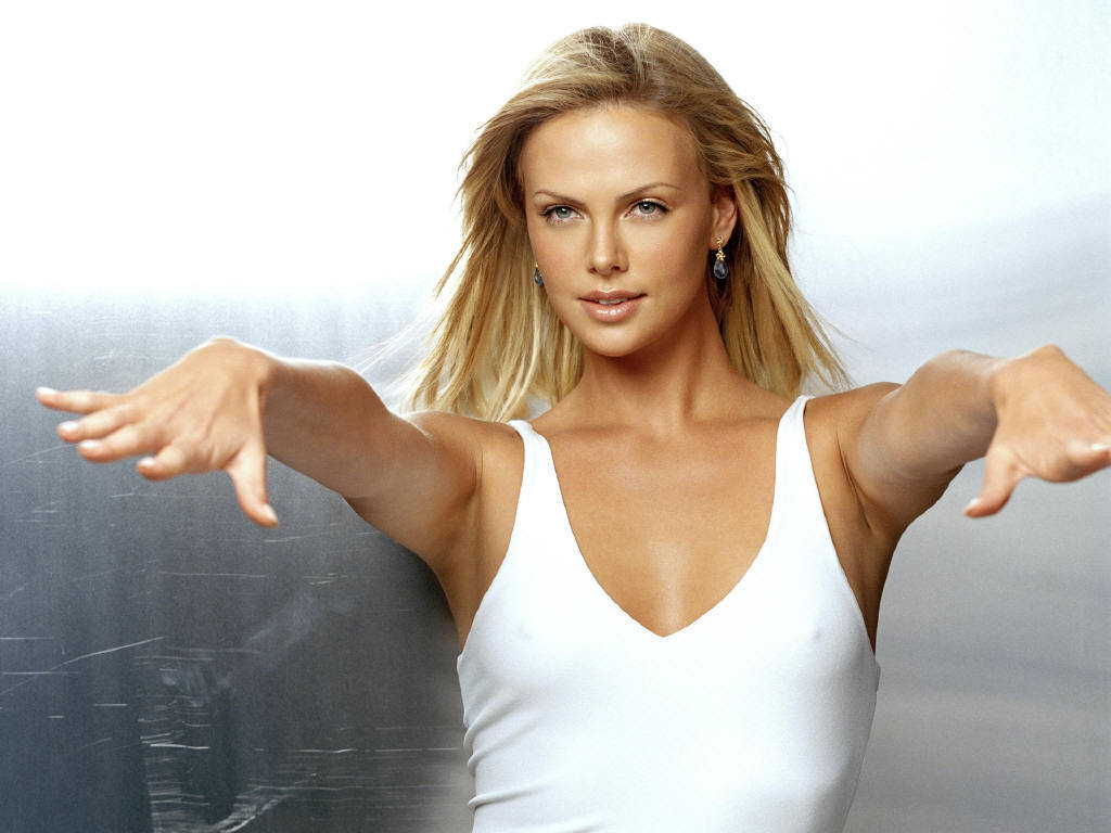 Charlize theron actress hot wallpaper