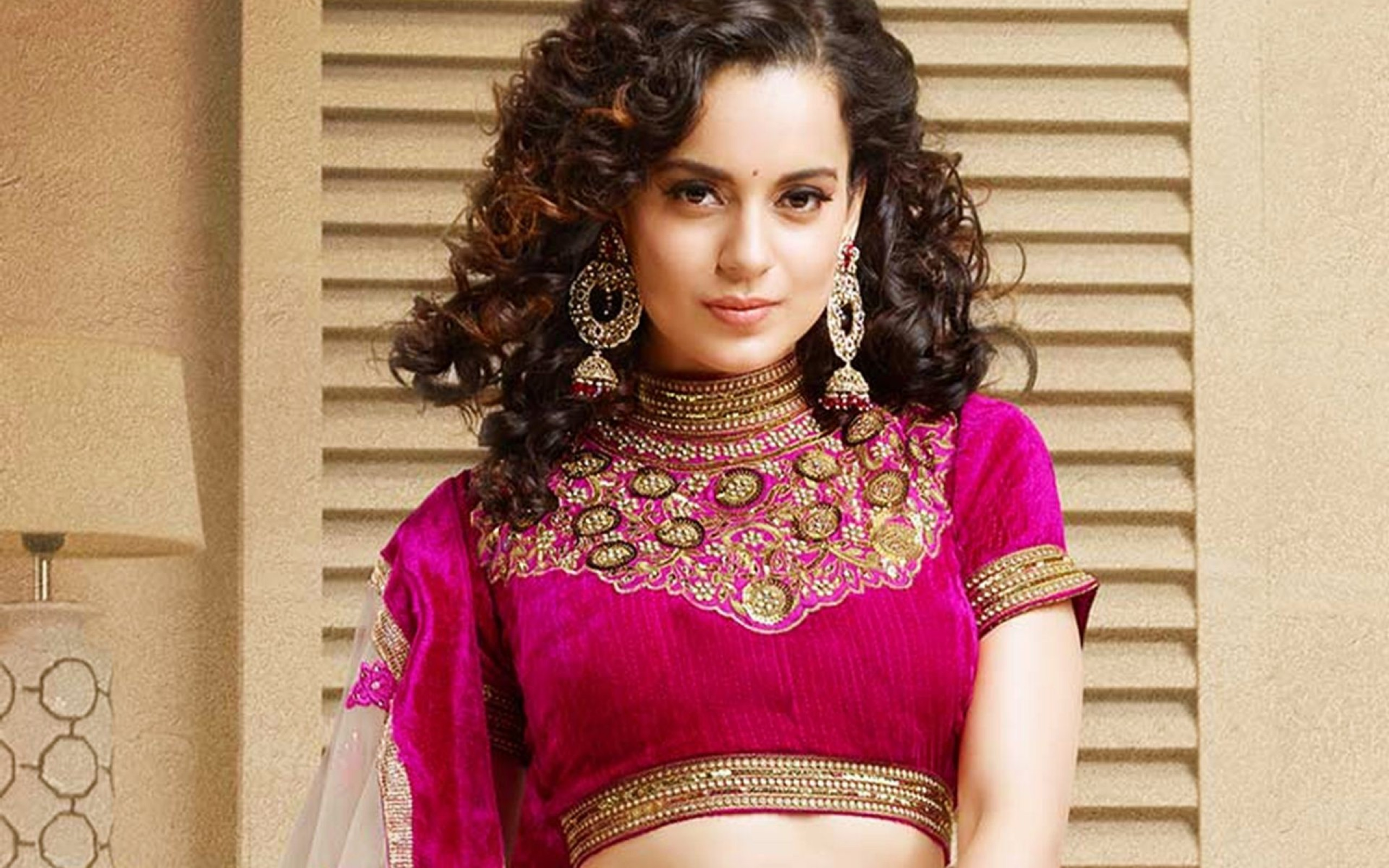 Kangana ranaut red dress actress wallpaper