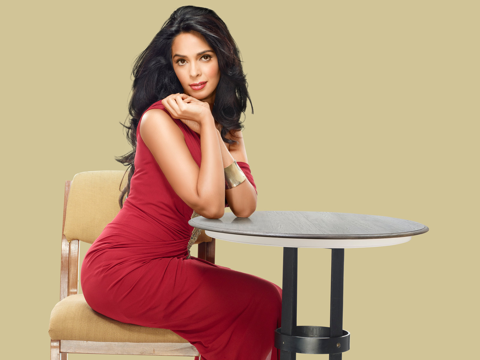 Mallika sherawat actress red dress wallpaper
