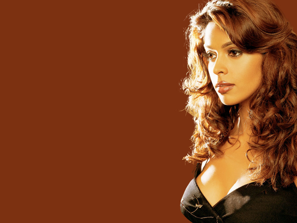 Mallika sherawat hot wallpaper