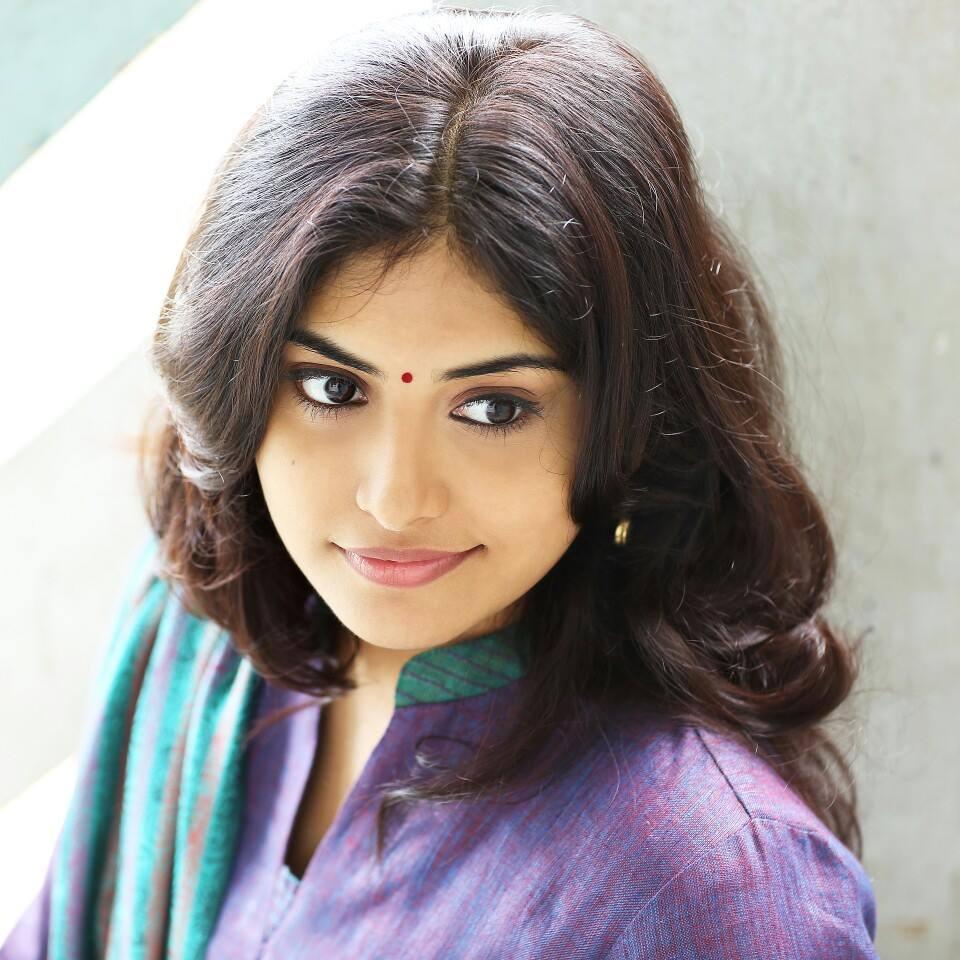 Manjima mohan actress photos