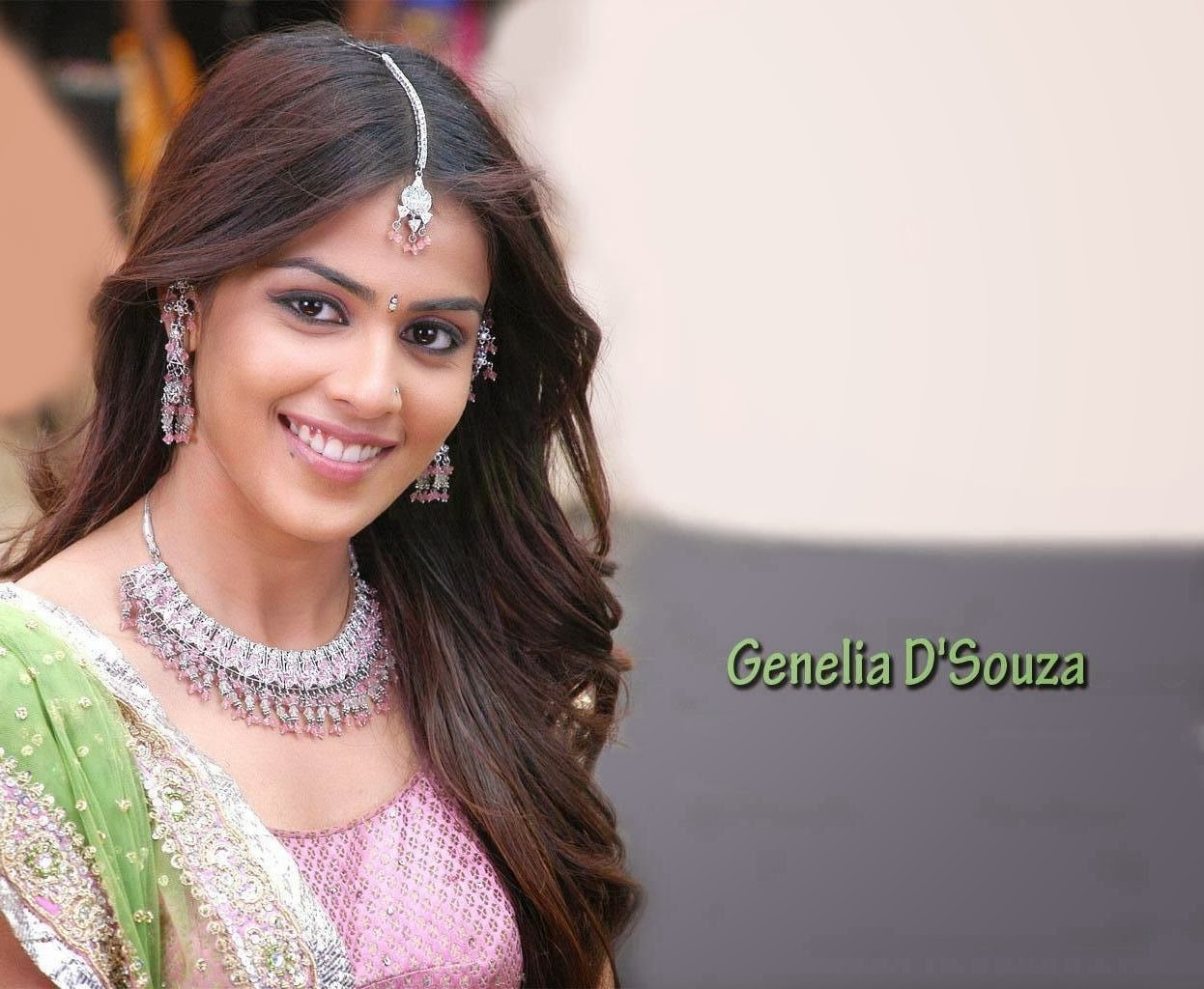 Genelia d souza actress cute face stills