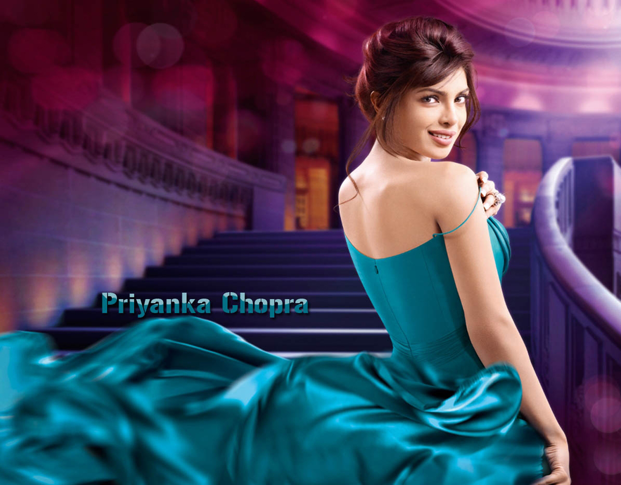 Priyanka chopra blackless wallpaper
