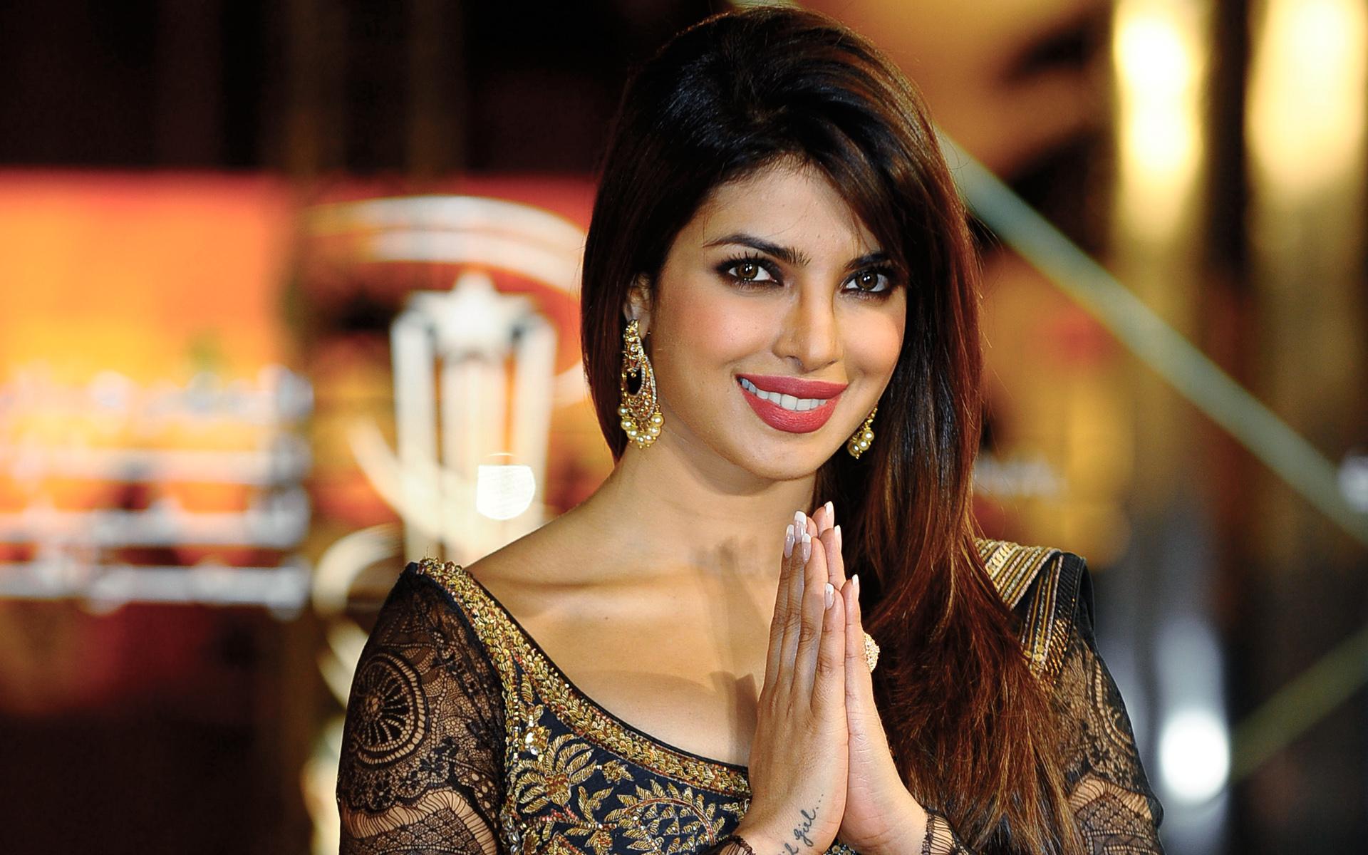 Priyanka chopra hindi actress wallpapers