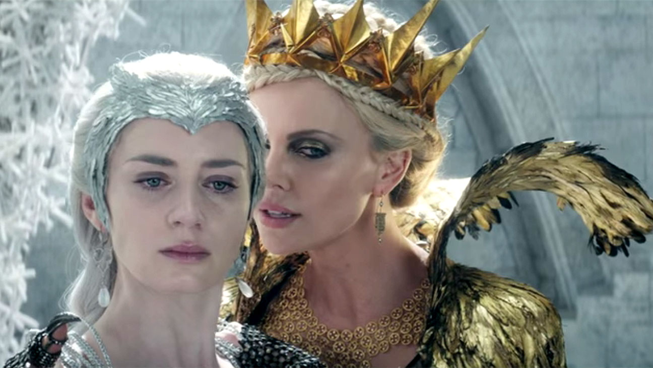 The huntsman winters war movie emily blunt charlize theron