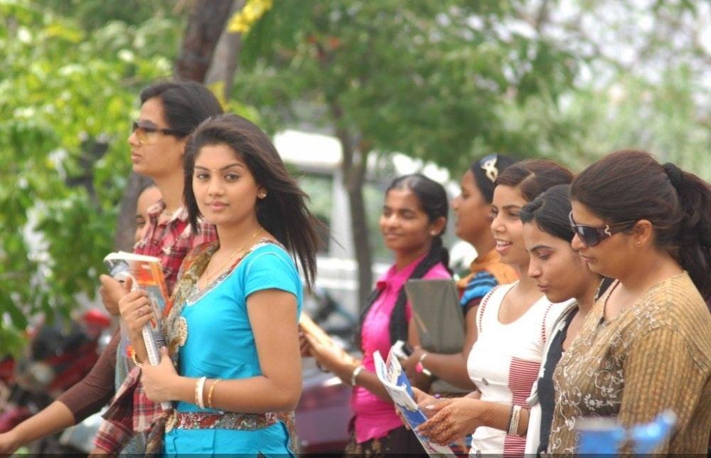 Jayahey film telugu heroine karuna pictures