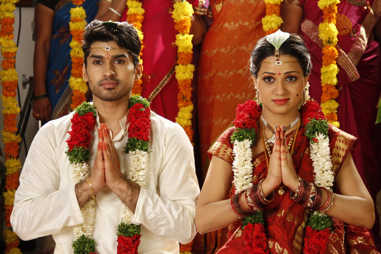 Jeelakarra bellam movie marriage stills