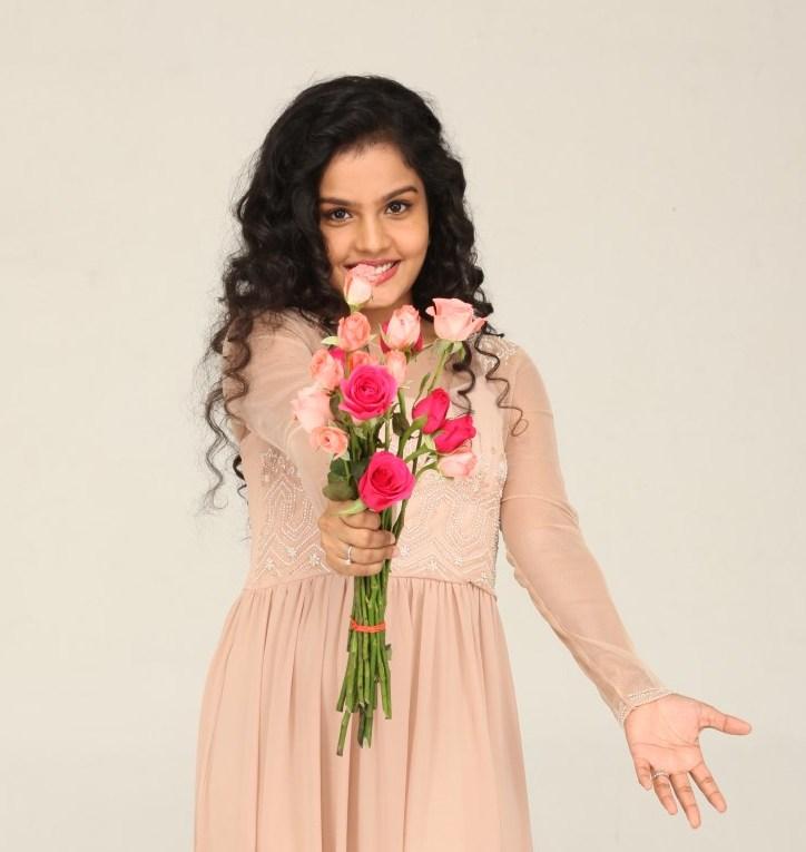 Unnodu ka actress maya photos