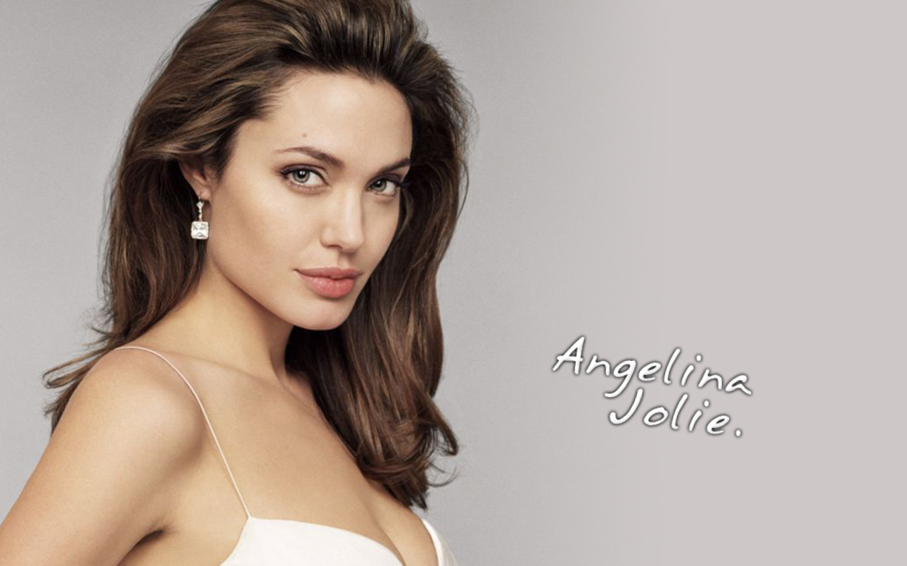 Actress hot hollywood angelina jolie young stills
