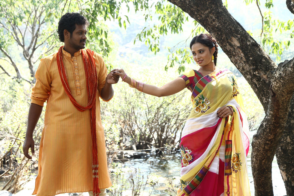 Adithalam actors magesh aarushi pictures