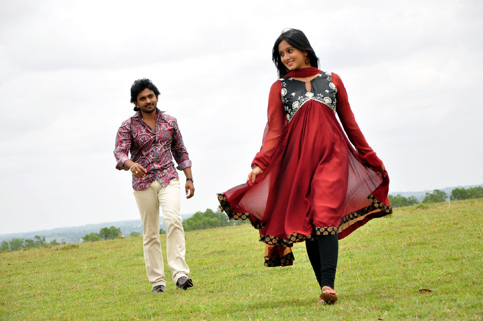 Ajith harshika poonachcha beet movie stills
