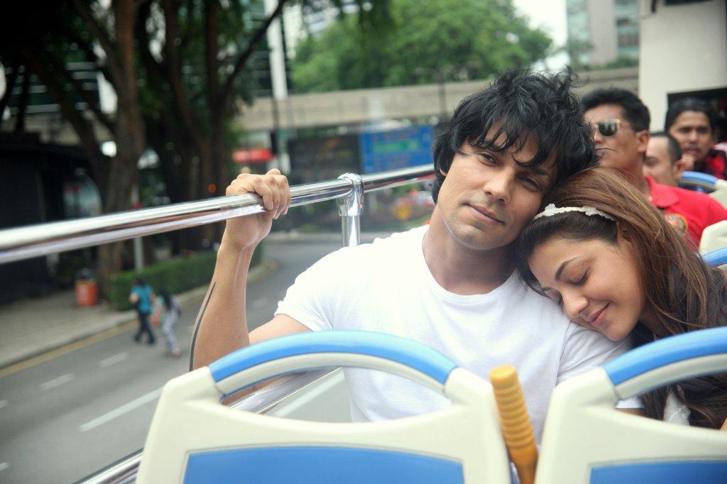 Do lafzon ki kahani actress kajal aggarwal actor randeep