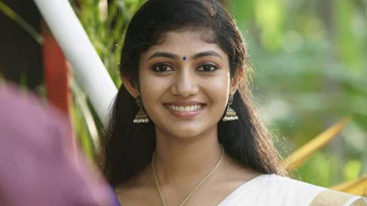 Happy wedding movie actress photos