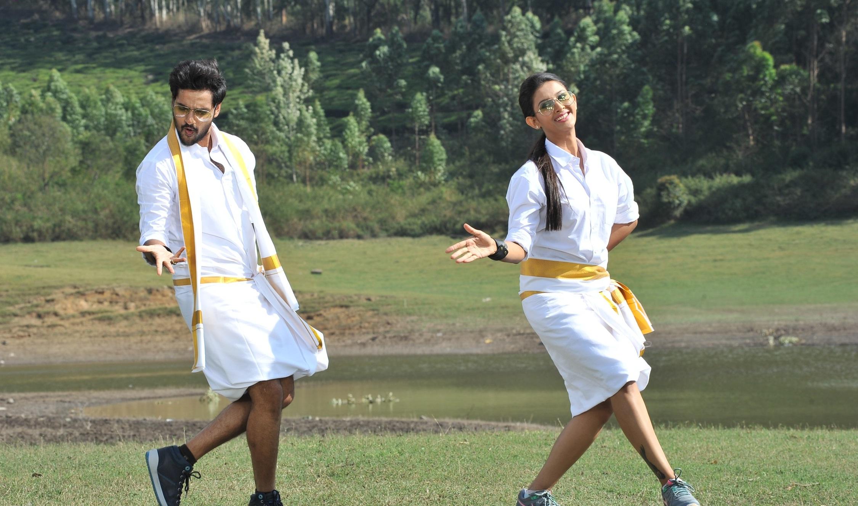 Right right movie hero sumanth ashwin heroine pooja jhaveri