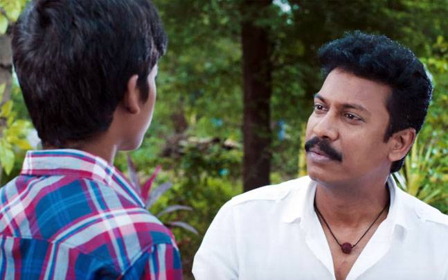 Samuthirakani in appa movie pics