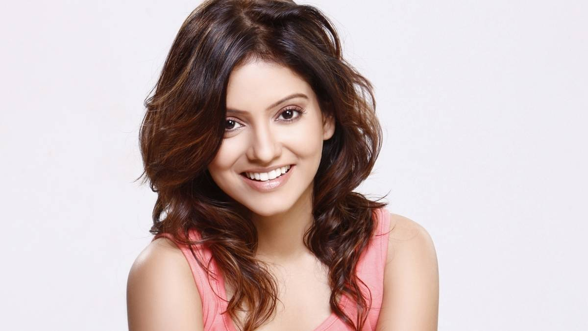 Shamin mannan bollywood actress cute wallpaper