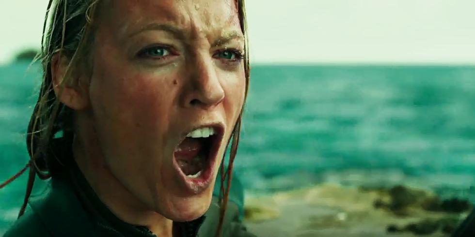 The shallows movie heroine blake lively stills