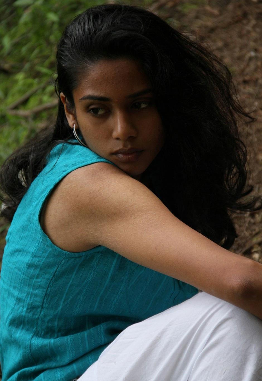 Vithaiyadi naan unakku heroine stills