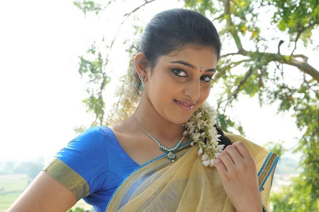 Arddhanaari telugu movie heroine mouryaani pictures