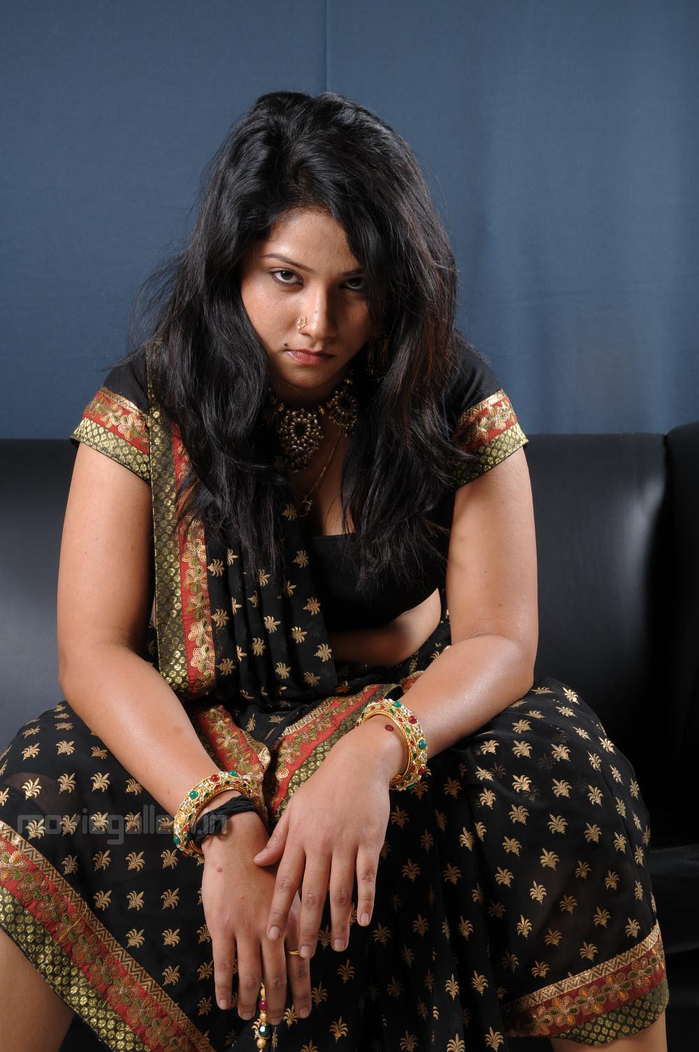 Ardhanari actress jyothi black saree pics