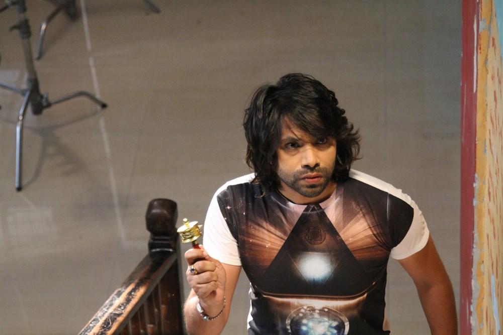 Friend request telugu movie hero william moseley photos