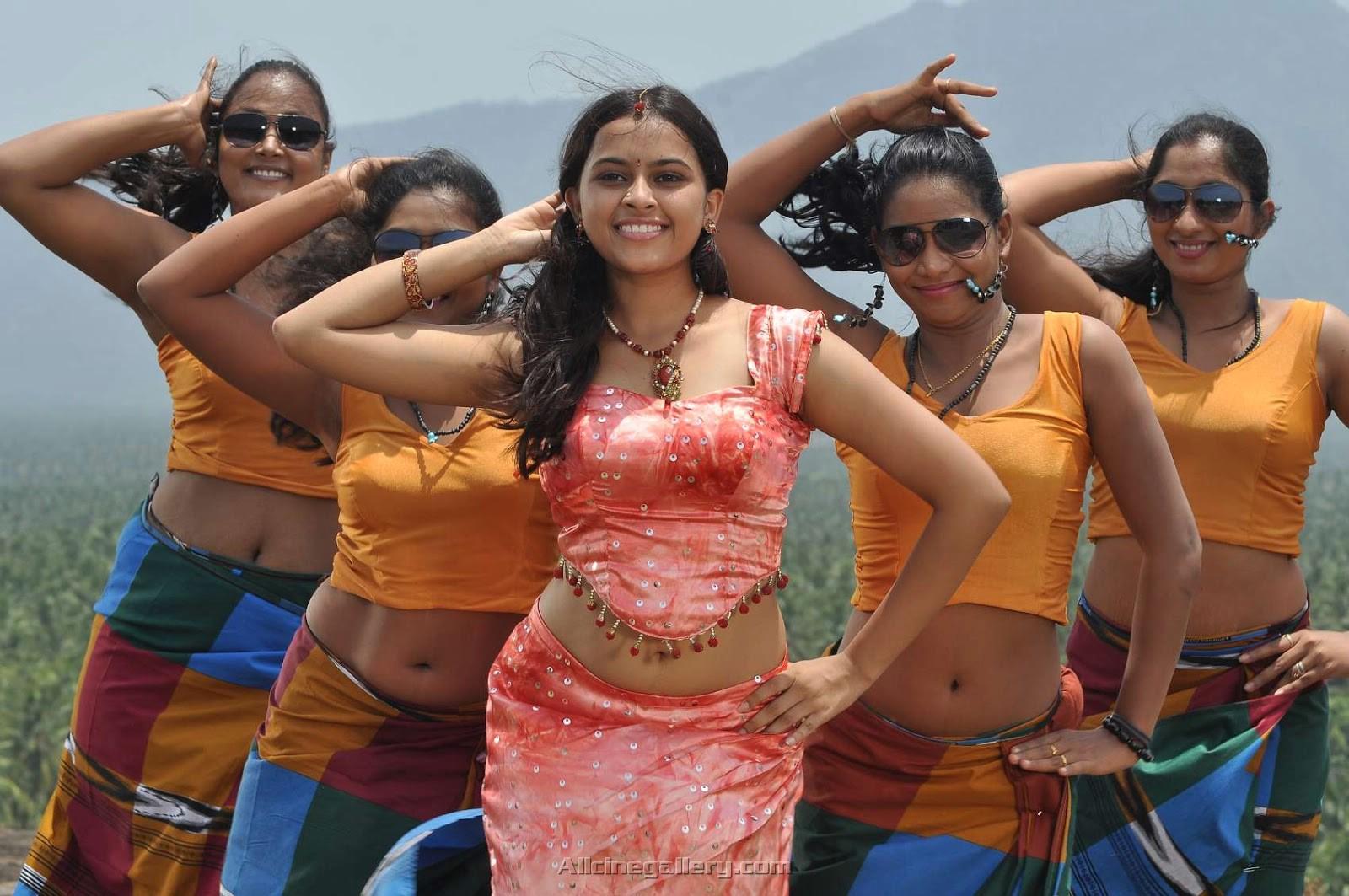 Nagarpuram movie sri divya dance stills