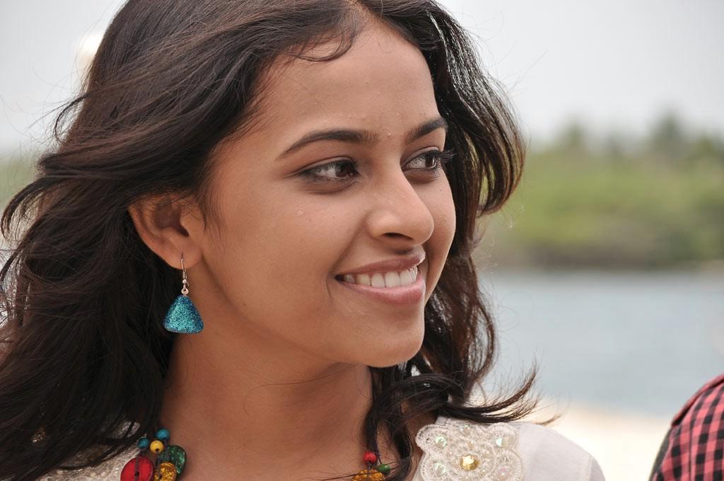 Nagarpuram movie sri divya stills
